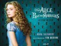 Alice au pays des merveilles : le livre du film